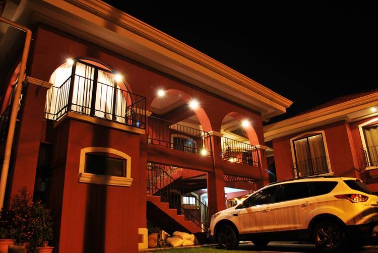 Apartotel Don Luis - Apartamentos Amueblados en Alquiler Ubicados en Belen, Heredia, Costa Rica