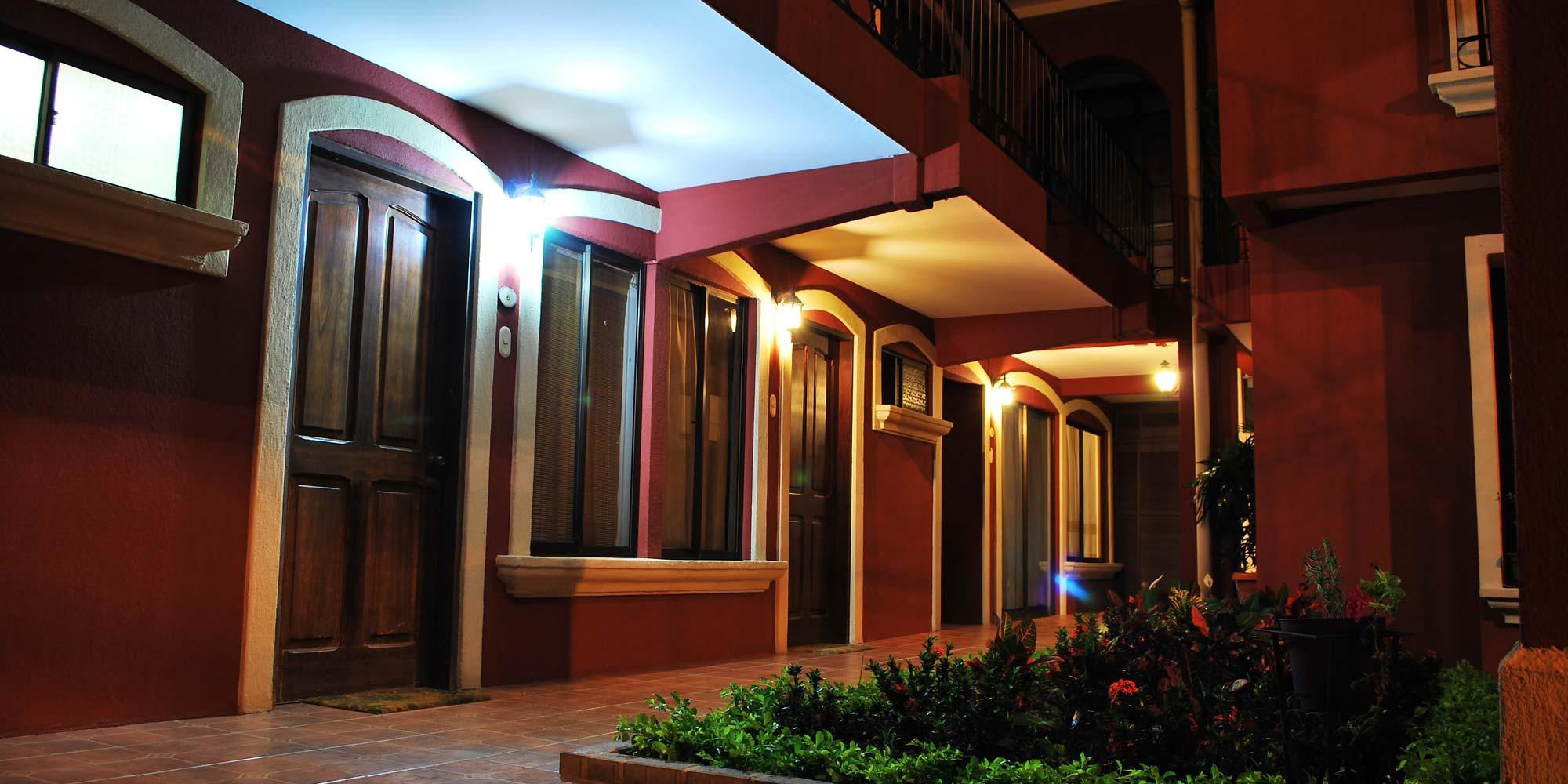 Apartamentos Amueblados en Alquiler - Belen, Heredia, Costa Rica